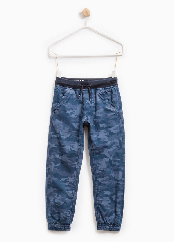 100% cotton joggers with camouflage pattern | OVS