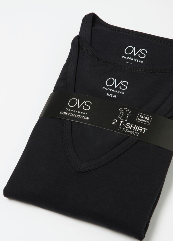 Two-pack cotton undershirts with V neck | OVS