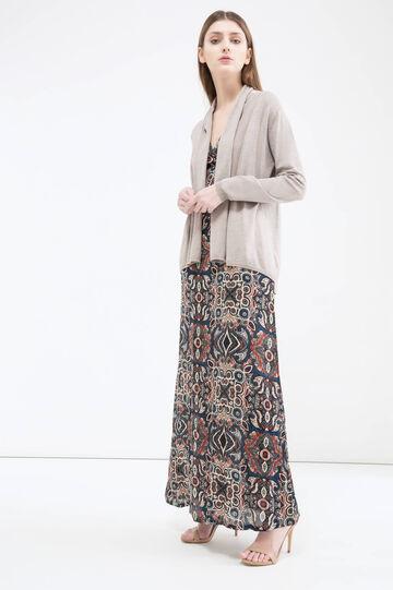 Solid colour viscose blend cardigan.