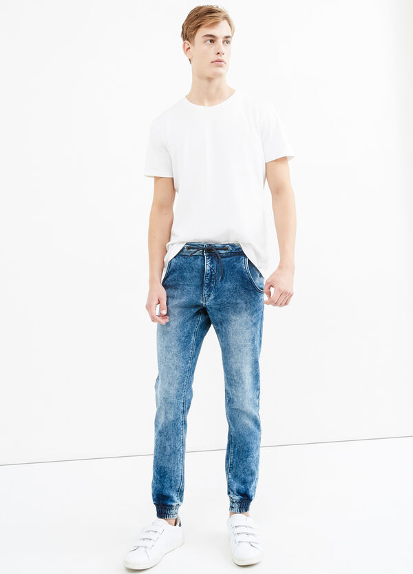 Mis-dyed-effect loose-fit stretch jeans | OVS