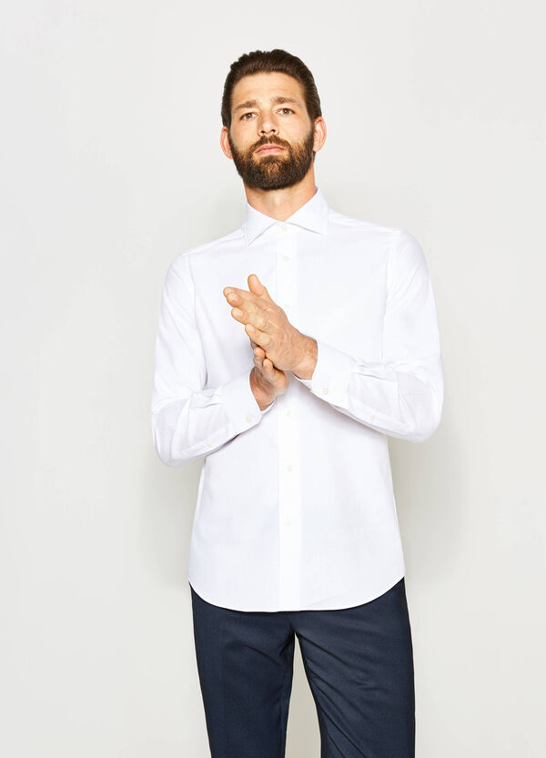 Slim-fit, formal shirt with spread collar | OVS
