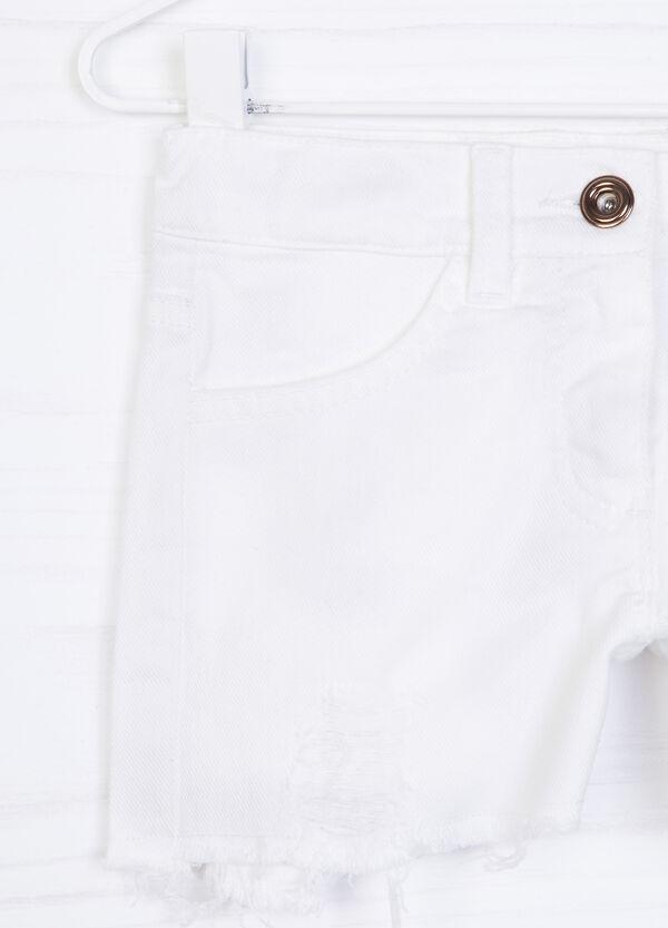 Shorts cotone stretch sfilacciati | OVS