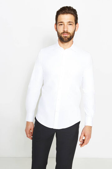 Solid colour slim-fit formal shirt