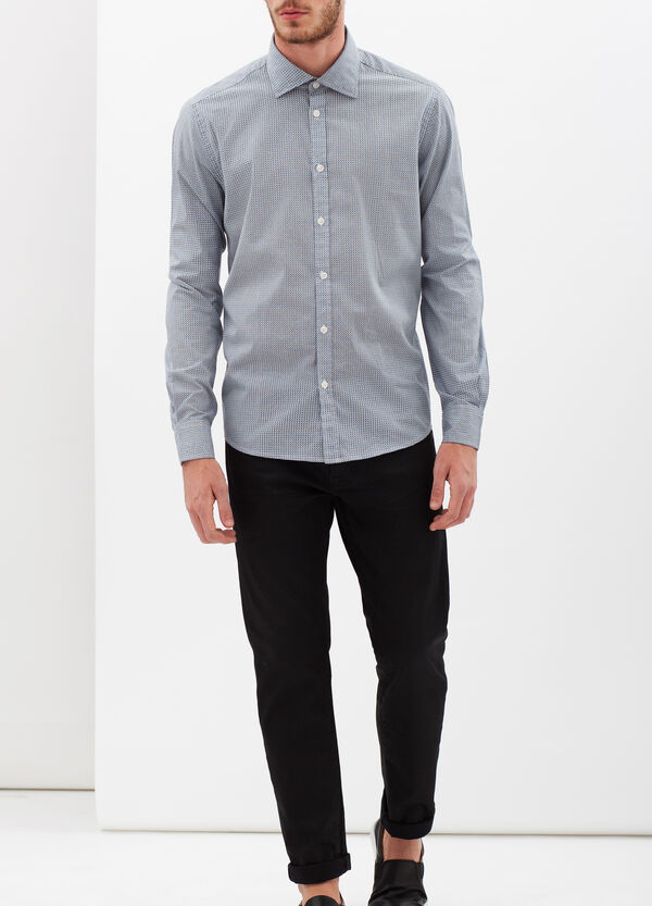 Slim fit shirt with micro check and polka dot pattern. | OVS