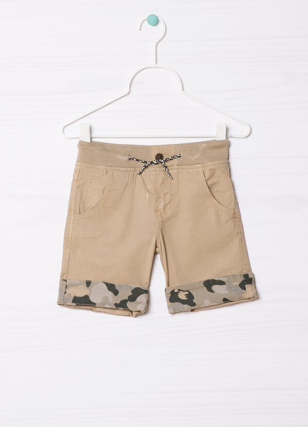 100% cotton shorts with turn-ups. | OVS
