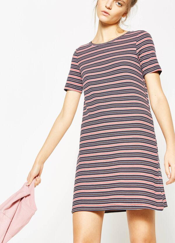 Vestido de rayas en canalé de viscosa elástica | OVS