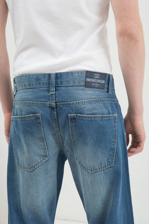 Used effect comfort fit jeans | OVS