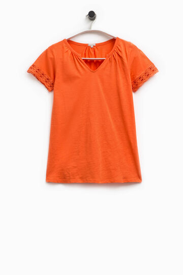 Smart Basic V-neck T-shirt with lace