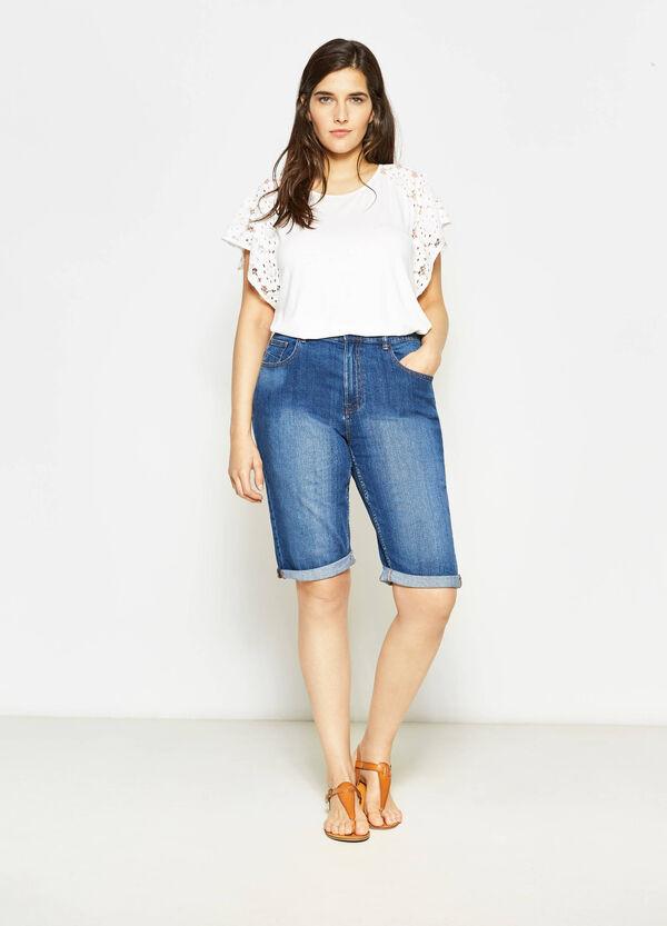Bermuda di jeans effetto delavato Curvy | OVS