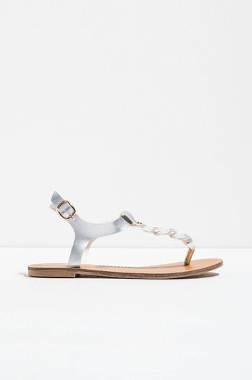 Sandals with braided bands on the upper