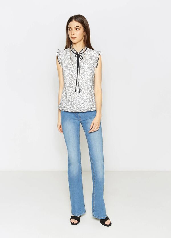 Patterned lace blouse with flounce | OVS