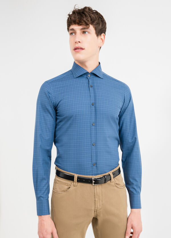 100% cotton, slim-fit formal shirt with check pattern | OVS