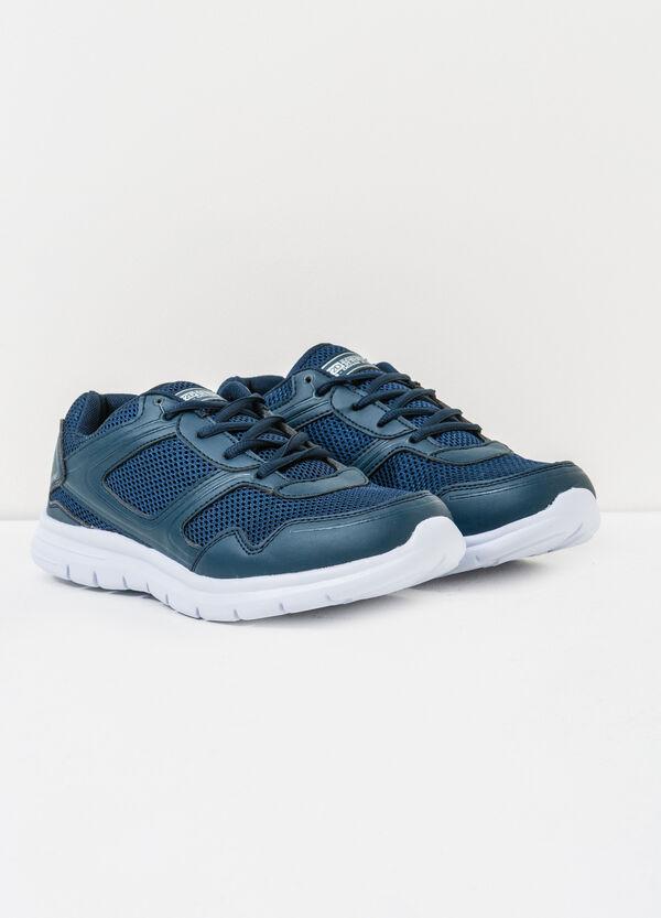 Sneakers tinta unita con lacci | OVS