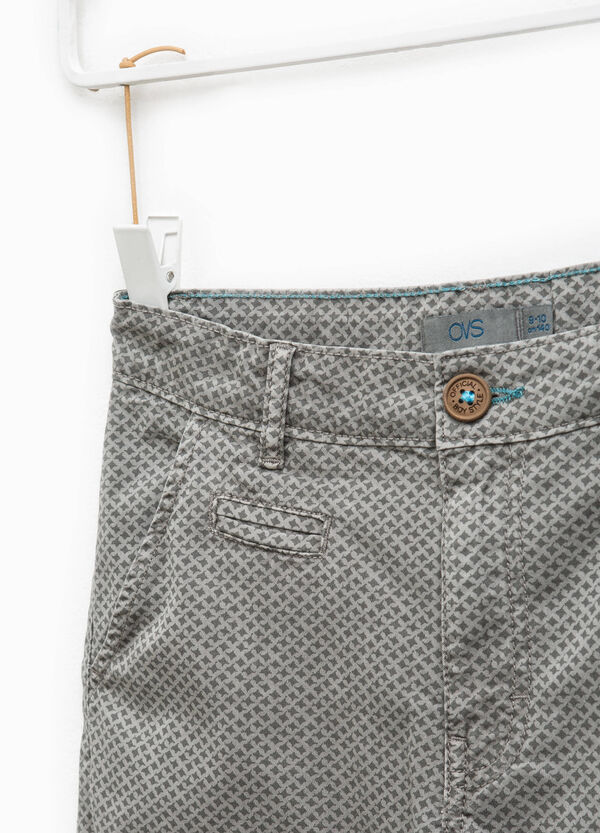 Cotton Bermuda shorts with all-over print | OVS