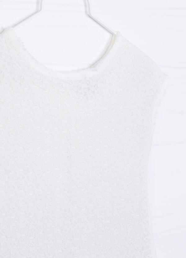 100% viscose lace T-shirt. | OVS