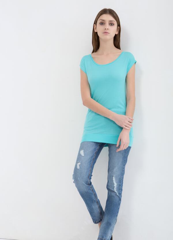 Plain 100% viscose T-shirt. | OVS