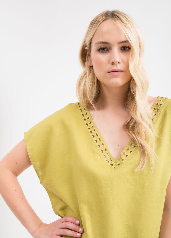 Curvy cotton and linen blouse | OVS