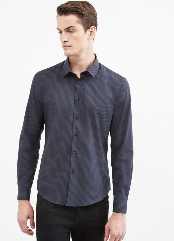 Camisa informal de rayas en mezcla de algodón | OVS