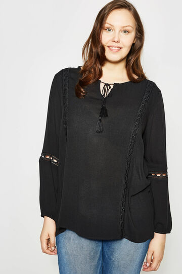 Curvy blouse with openwork inserts