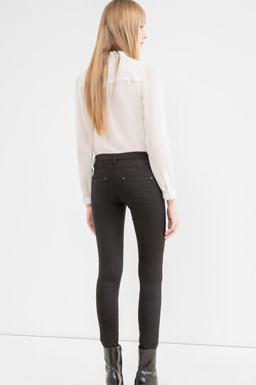 Push-up stretch trousers with low waist, Black, hi-res