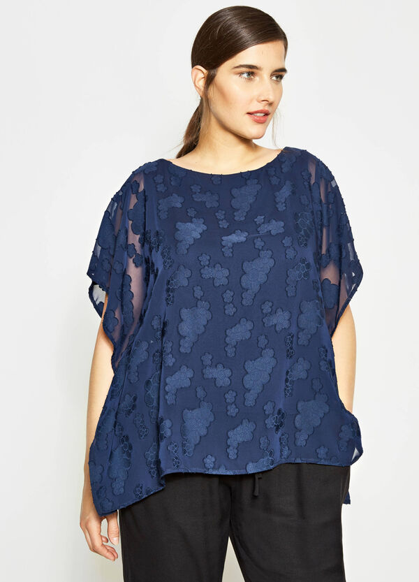 Curvy tone-on-tone patterned blouse | OVS