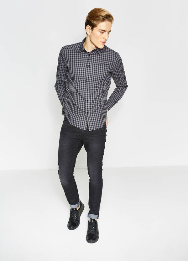 Slim-fit check-patterned casual shirt | OVS