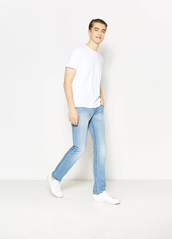 Worn-effect straight-fit stretch jeans | OVS