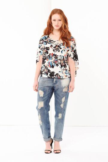 Curvy floral blouse