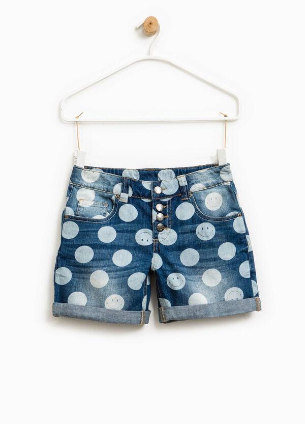 Worn-effect denim shorts with polka dot pattern | OVS