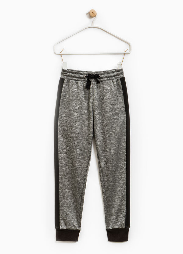Solid colour joggers in viscose blend | OVS