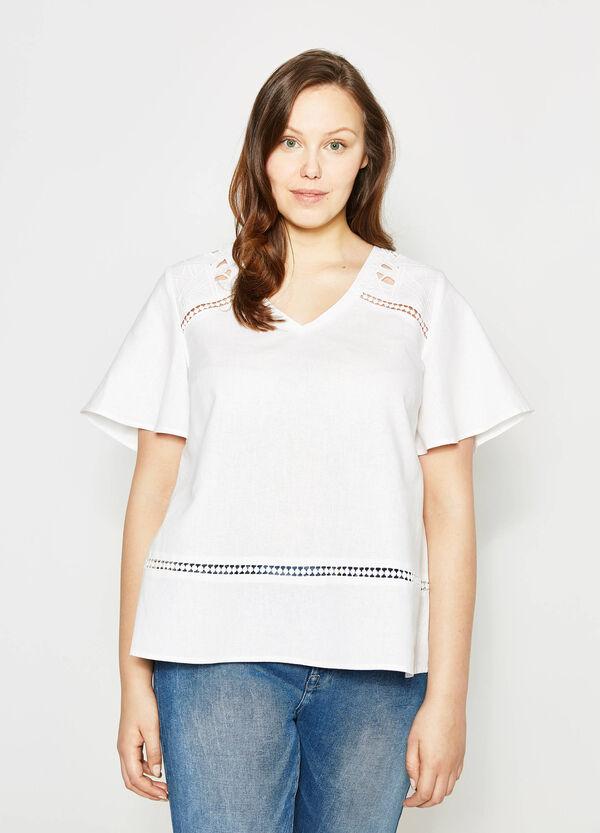 Blusa in lino con ricami Curvy | OVS