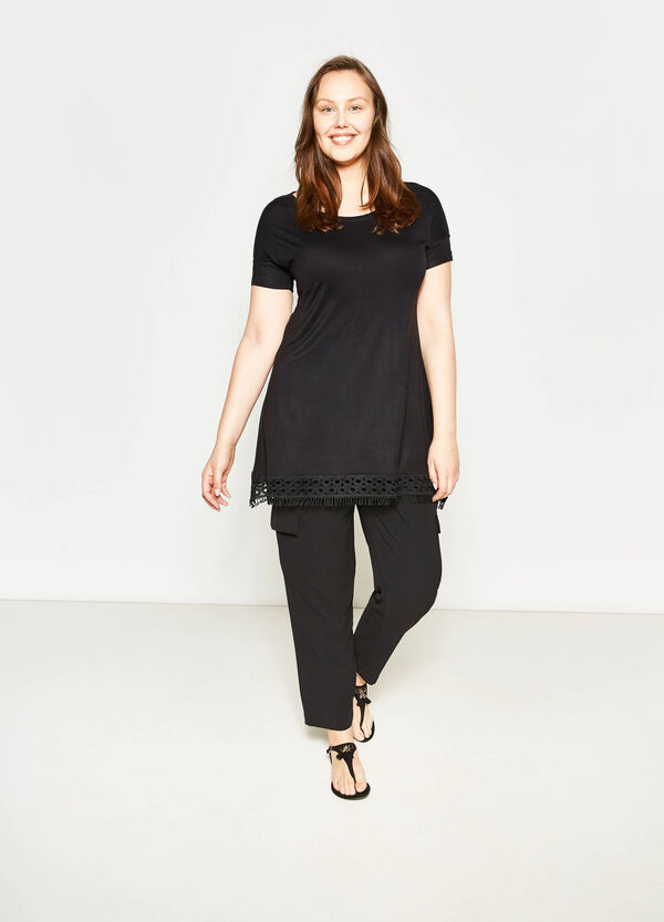 T-shirt lunga con pizzo e frange Curvy | OVS