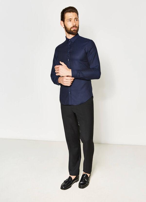 Camisa formal custom fit en algodón 100% | OVS