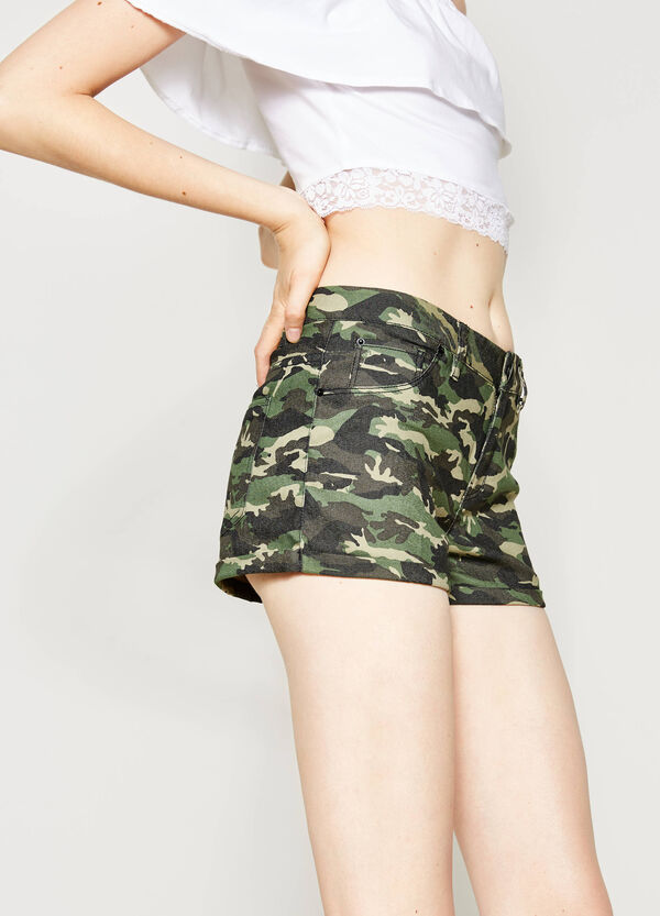 Cotton shorts with all-over print | OVS