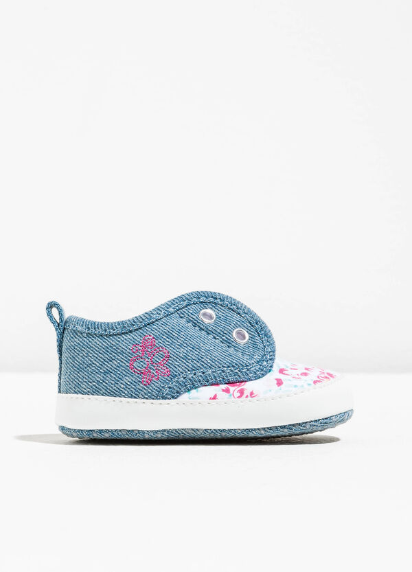 Slip-ons with floral pattern and embroidery | OVS