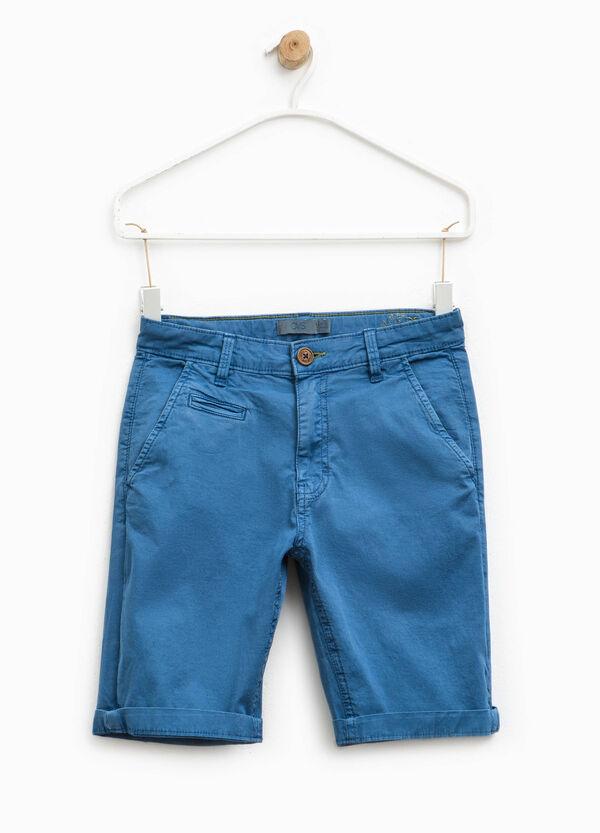 Chinos cortos con bajos vueltos | OVS