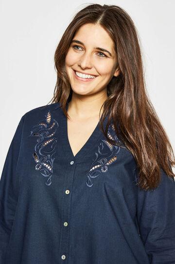 Curvy shirt with openwork insert