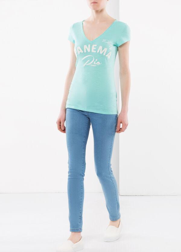 T-shirt con scritta frontale | OVS
