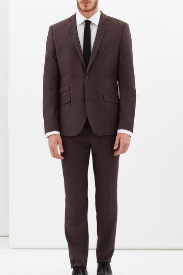 Elegant suit with extra-slim custom fit