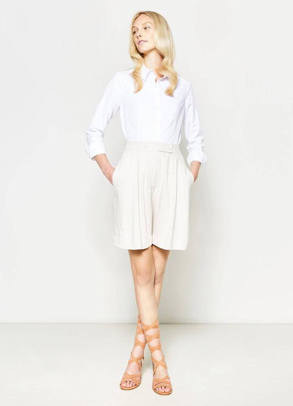 High-waisted pleated shorts | OVS