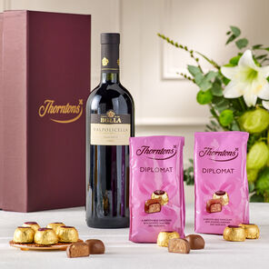 Red Wine and Chocolate Hamper