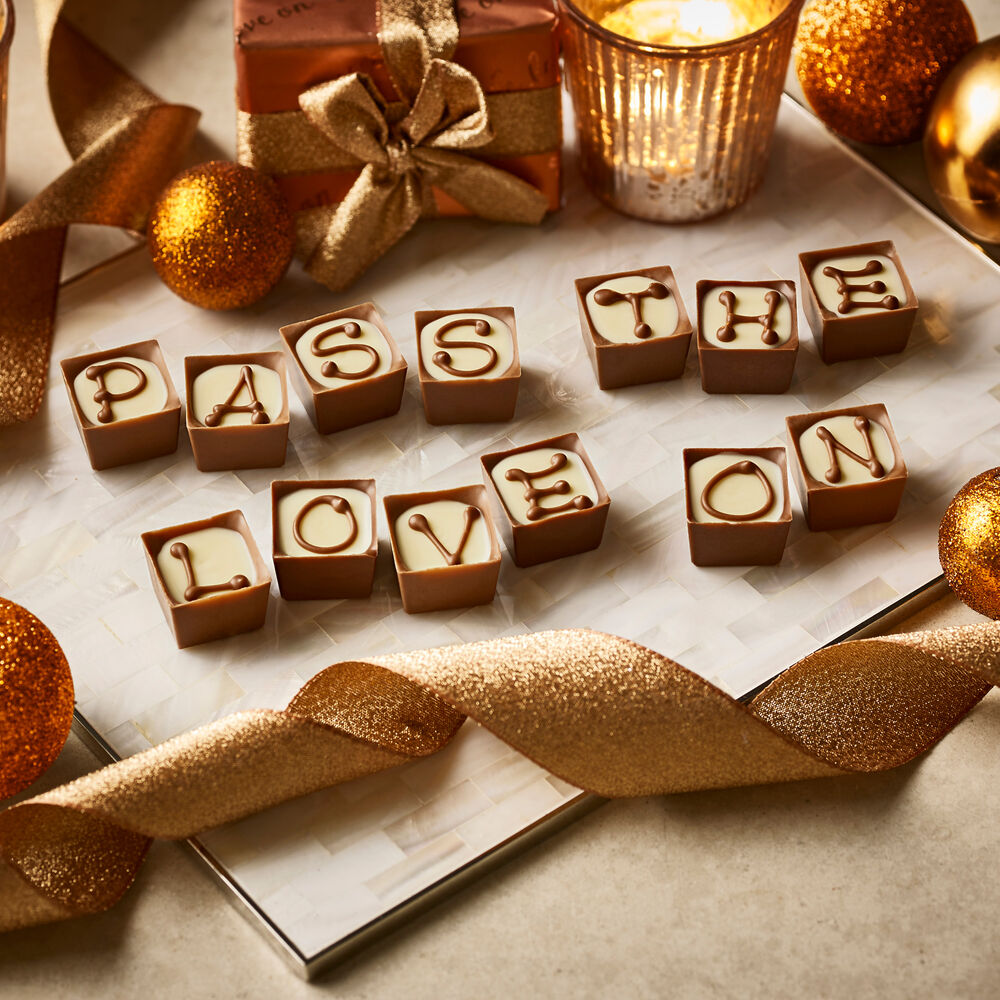 Free Delivery on Orders Over £35 at Thorntons Don't worry about additional charges, just grab any order from Thortons overs £35 and receive free delivery. Online. Ends View terms View Discount. Christmas Gifts from £1 at Thorntons From stocking-fillers to indulgent hampers.