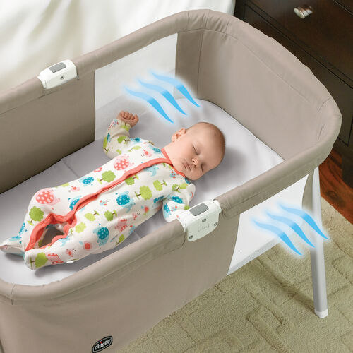Mesh inserts on both sides of the Lullago Portable Bassinet allow for airflow to keep baby cool and comfortbale