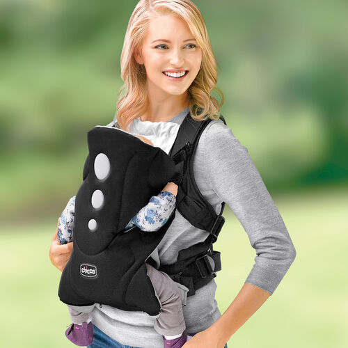 Face baby inward in the Close To You Baby Carrier for cuddling