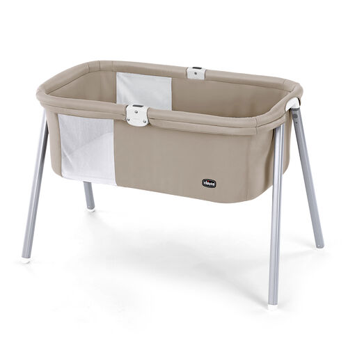 Chicco Lullago Portable Bassinet in earthy beige Acorn - Chicco Bassinet