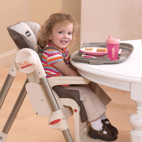 The Polly SE Highchair can fit right up close to your table for older kids