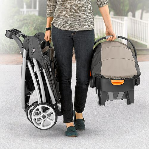Only weighing 18 lbs, the Viaro stroller is the lightest stroller yet