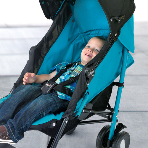 Fully reclining seat with adjustable leg support on Echo Stroller