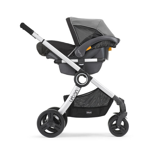 The Chicco KeyFit 30 magic easily connects with one click into any Chicco stroller