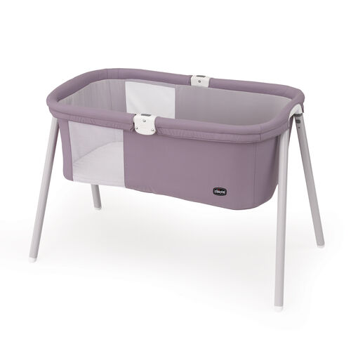 With the Lullago bassinet, traveling is a breeze including easy assemble, carry tote, and comfort for baby